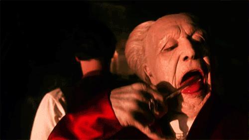 Una scena del film Dracula del 1992