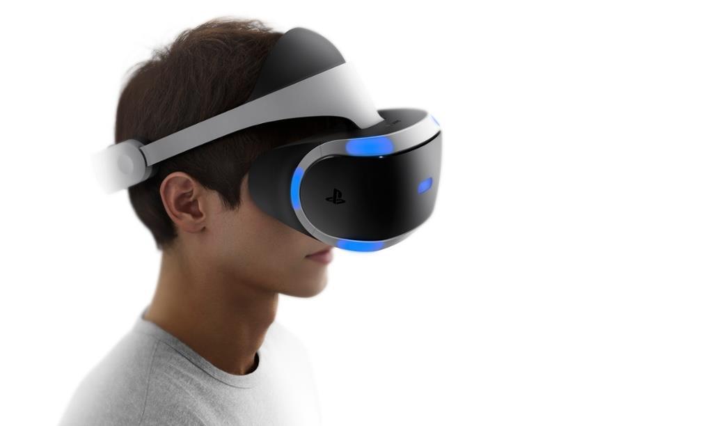 L'headset del Progetto Morpheus di Sony per la realtà virtuale