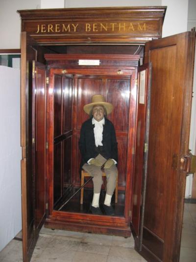 Il corpo imbalsamato di Jeremy Bentham