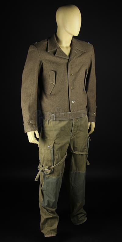 Il costume indossato da brad Pitt in Bastardi senza gloria