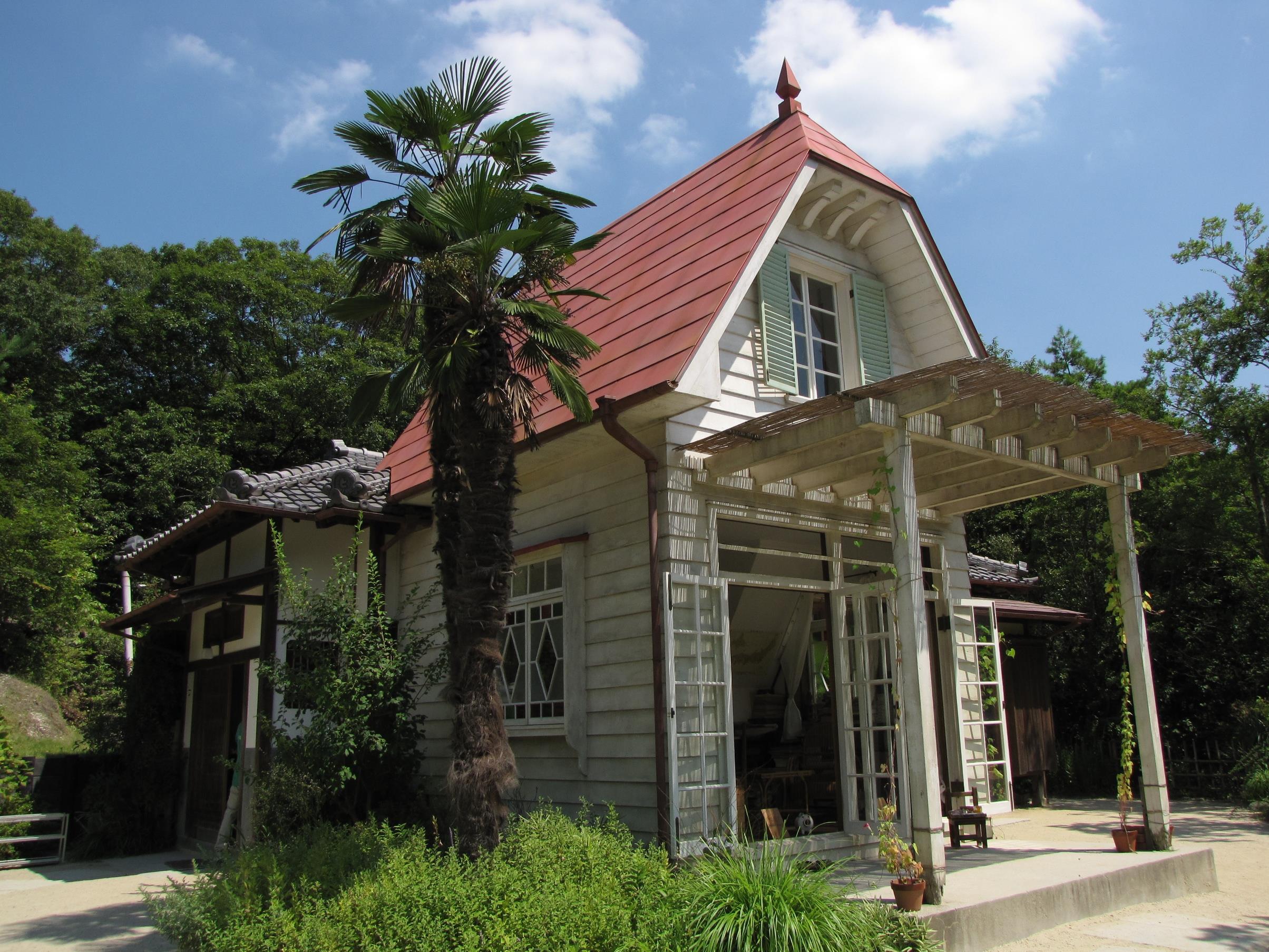 La ricostruzione della casa di Satsuki e Mei all'interno dell'Aichi Expo Park