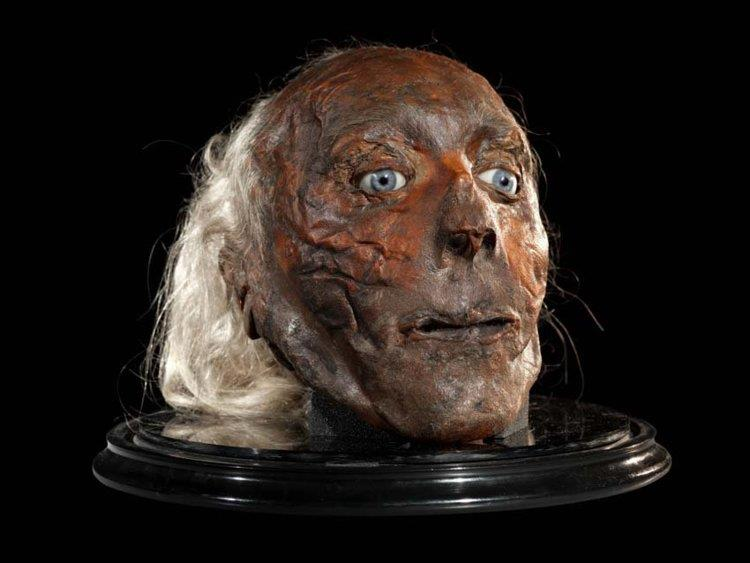 La testa imbalsamata di Jeremy Bentham
