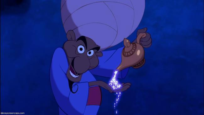 Il mercante che introduce il racconto di Aladdin, nel film, è in realtà il Genio stesso.