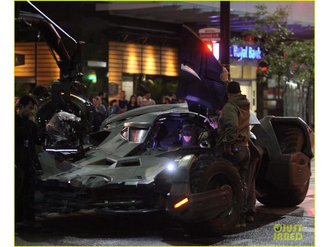 La Batmobile sul set di Suicide Squad