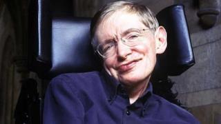Stephen Hawking sorridente