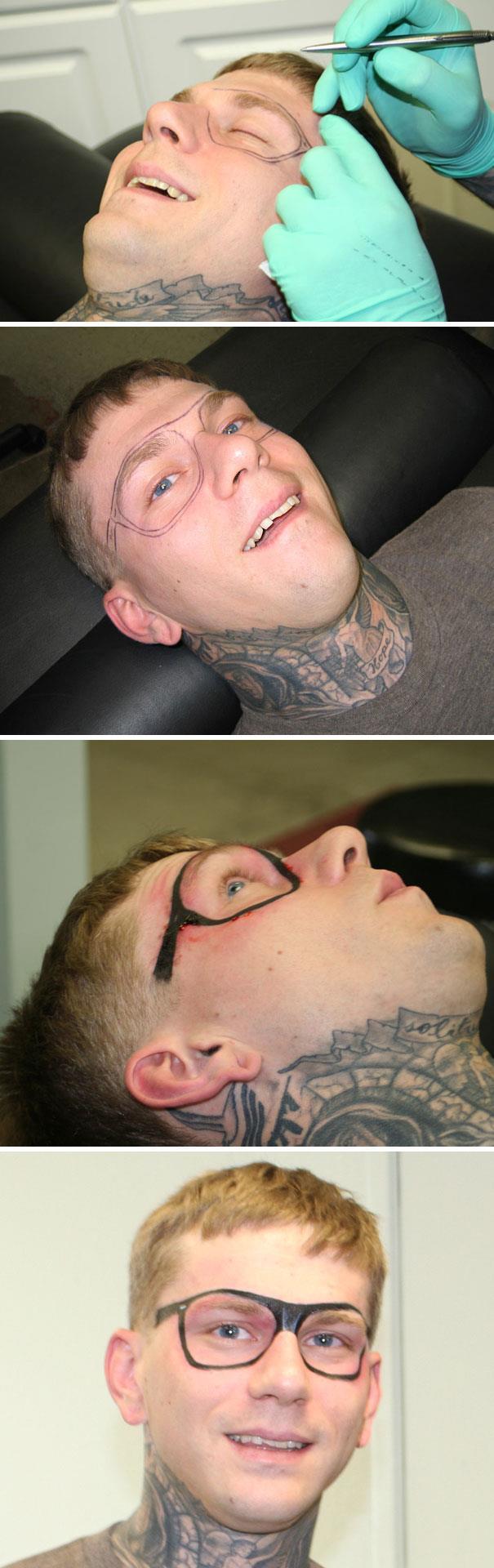 Un ragazzo che si è tatuato degli occhiali - I peggiori tatuaggi mai realizzati