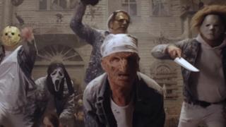 Un frame del videoclip