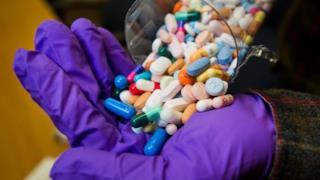 Pasticche di droghe varie