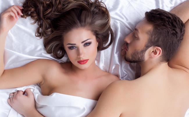 Marito e moglie a letto