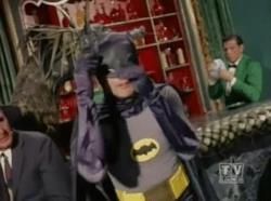 Adam West nella serie televisiva Batman anni Sessanta