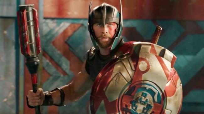 Il dio del tuono è pronto a sfidare Hulk in un'immagine dal film