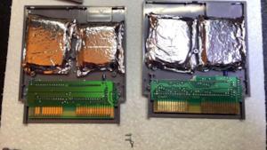 Quattro sacchetti di droga nascosti in due cartucce del NES