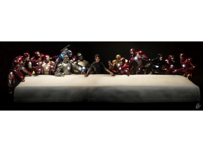 L'Ultima Cena di Leonardo interpretata da Tony Stark e le sue armature