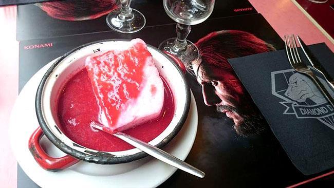 Il dessert nel ristorante di Metal Gear Solid