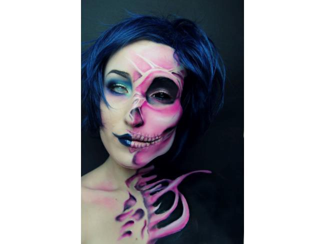 Make up teschio
