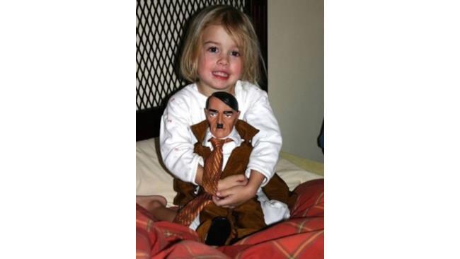 La bambola Hitler