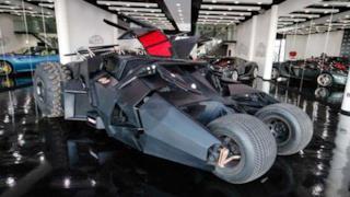 Batmobile in vendita in due modelli diversi