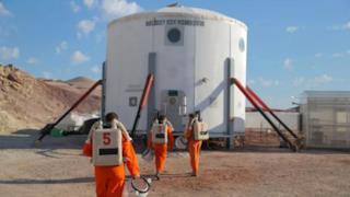 La NASA ha accolto gli esperti IKEA nella sua base nello Utah.