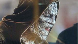 Uno sguardo da vicino a Killer Croc in Suicide Squad in nuove foto dal set