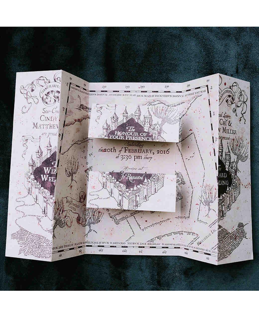 L'invito alle nozze in stile Mappa del Malandrino