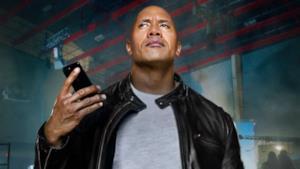 The Rock mentre utilizza Siri