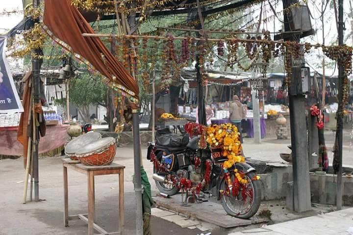Il tempio di Bullet Baba