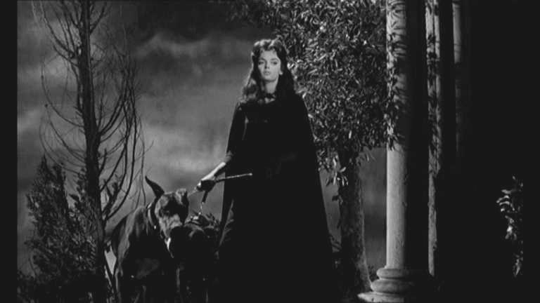 Una celebre scena del film La maschera del Demonio