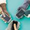 I tre modelli dei guanti con la coda di gatto da utilizzare anche per navigare con lo smartphone