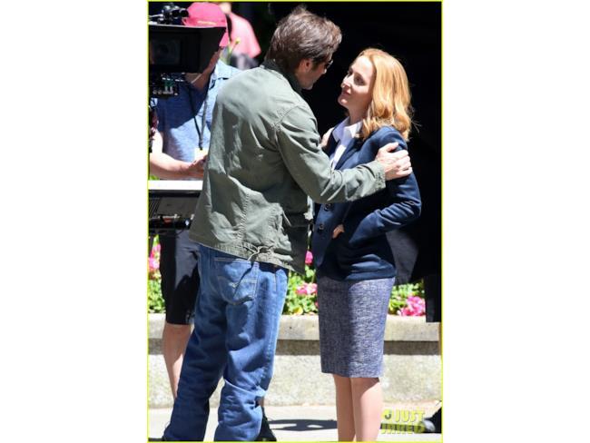 Foto dal set di X-Files: Mulder incontra Scully