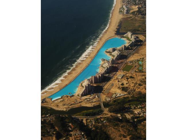 La lunghezza della piscina più grande del mondo