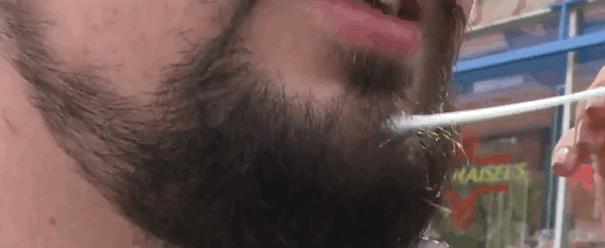 Nella tua barba c'è più pupù che in un gabinetto