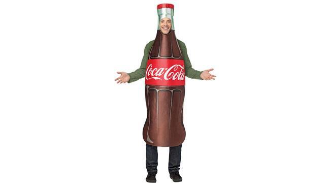Il rapinatore travestito da bottiglia di Coca Cola è scappato con un bottino di 500 dollari