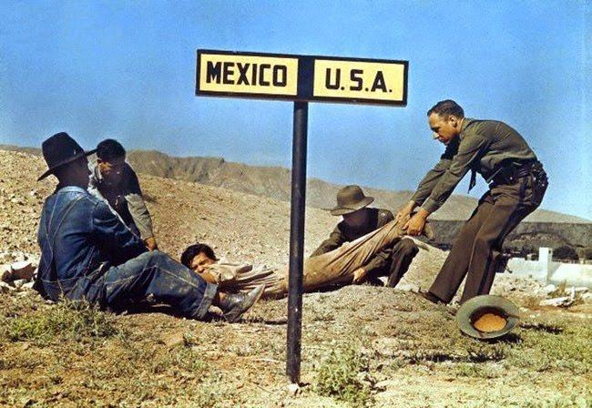 Immagine che raffigura un fuggitivo al confine che viene riportato negli Stati Uniti