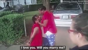 I due innamorati al momento della proposta