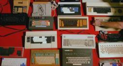 Alcune fra le 600 tastiere della collezione di Jacob Alexander