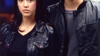 L'attrice Jessica Alba con suo fratello