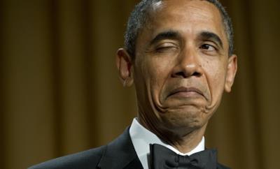 Obama con un'espressione di approvazione