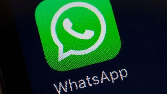 L'icona di Whatsapp sullo schermo di uno smartphone