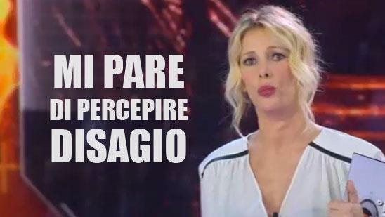 Alessia Marcuzzi percepisce disagio all'Isola dei Famosi 2015