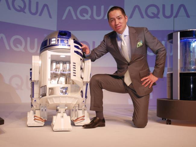Il mini-frigo radiocomandato R2-D2 ti porta la birra