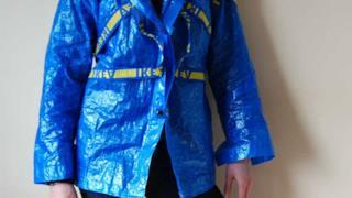 IKEA FRAKTA trasformata in una giacca antivento