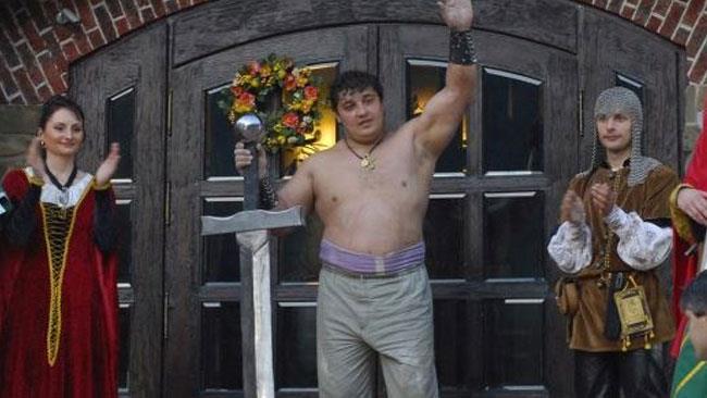 Dmytro Khaladzhi è l'uomo più forte del mondo