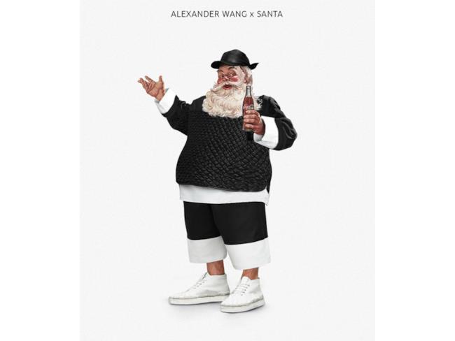 Babbo Natale vestito in stile Alexander Wang