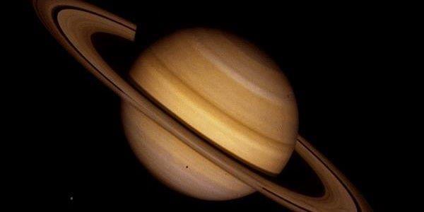 Il pianeta Saturno