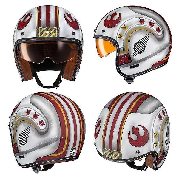 Caschi da moto ufficiali di Star Wars ispirati ai piloti delle navicelle X-Wing.