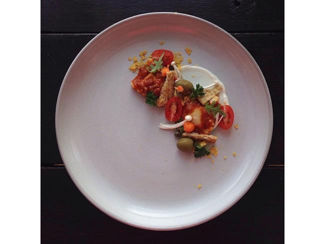 Ravioli e maionese presentati come cibo di prima categoria