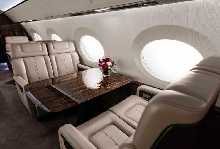 Un dettaglio del jet privato usato per i set fotografici