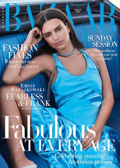 Emily posa per la copertina d'agosto di Harper's Baazar
