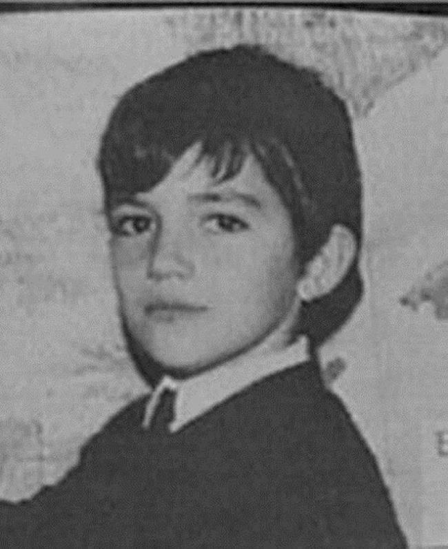 Un'immagine di Antonio Banderas da adolescente