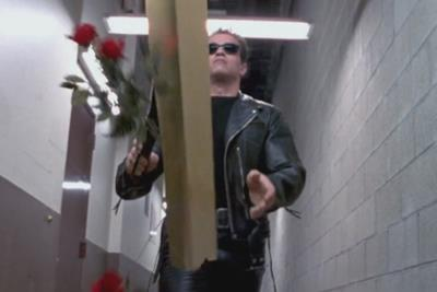 Il Terminator di Schwarzenegger in Terminator 2 - Il giorno del giudizio